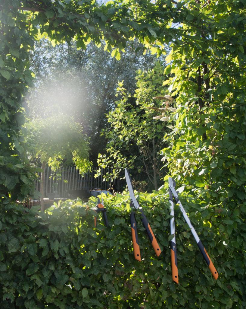 PowerGear beskjæringsutstyr for klipping av hekk og busker